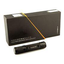 Фонарь Fenix E11 в подарочной упаковке
